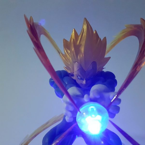 Dragon Ball Z - Vegeta Super Saiyan (Kamehameha)
